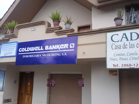 Coldwell Banker of Cuenca Clausurado for tax code violations